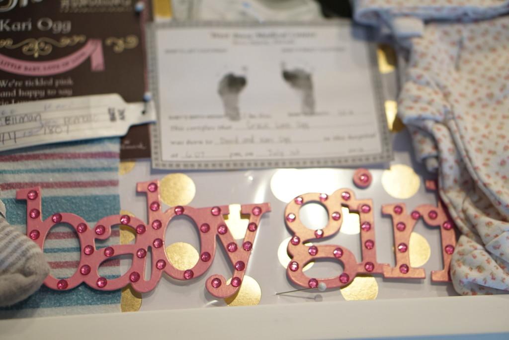 DIY newborn baby shadowbox- Great tips! | gracefulmommy.com