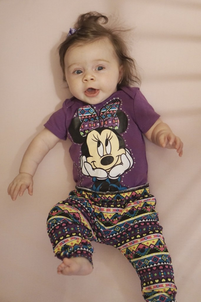 Tips and tricks for bringing a baby to Disney! Gracefulmommy.com