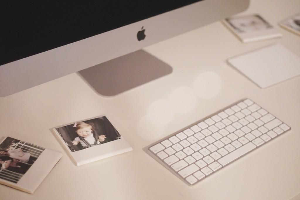 DIY Polaroid Photo Coasters. Such an easy + cute gift idea! @ Gracefulmommy.com