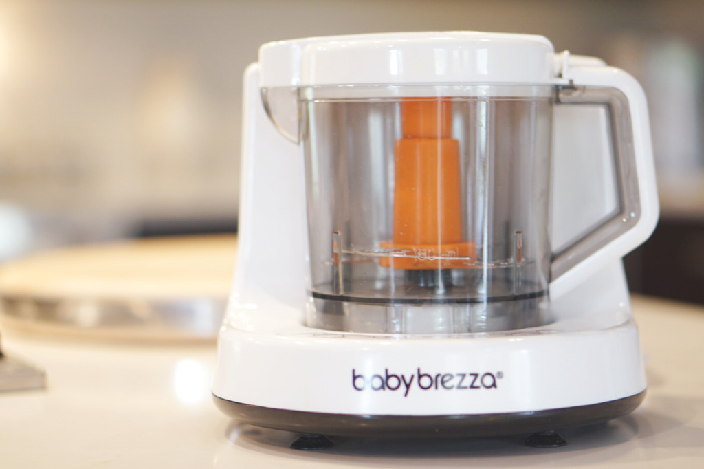 Baby Brezza Review + video on how to make baby food with it. At gracefulmommy.com
