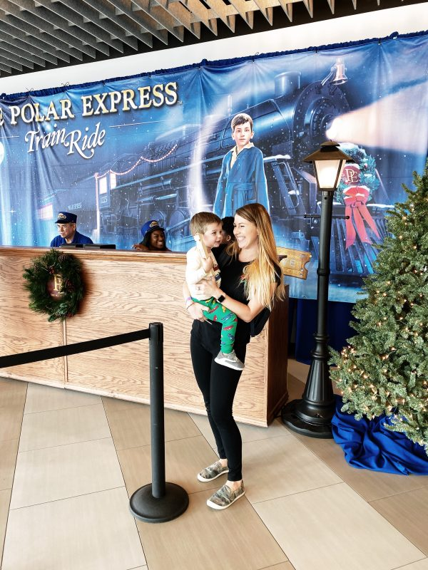 My review of the Polar Express train ride on the Brightline!